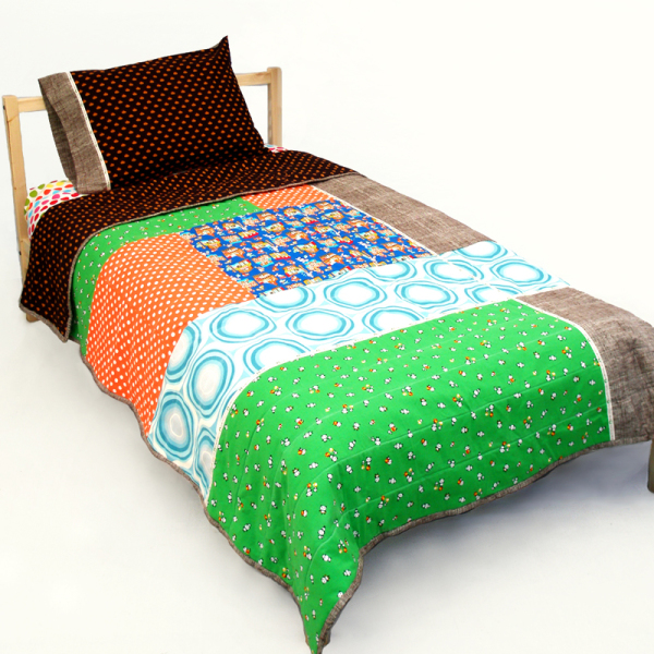 Buta Shop Twin Quilt Set