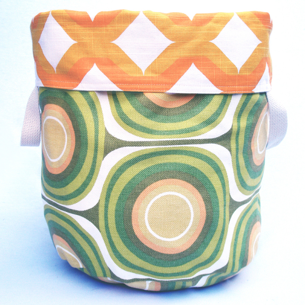 Pickle Reversible Storage Bin