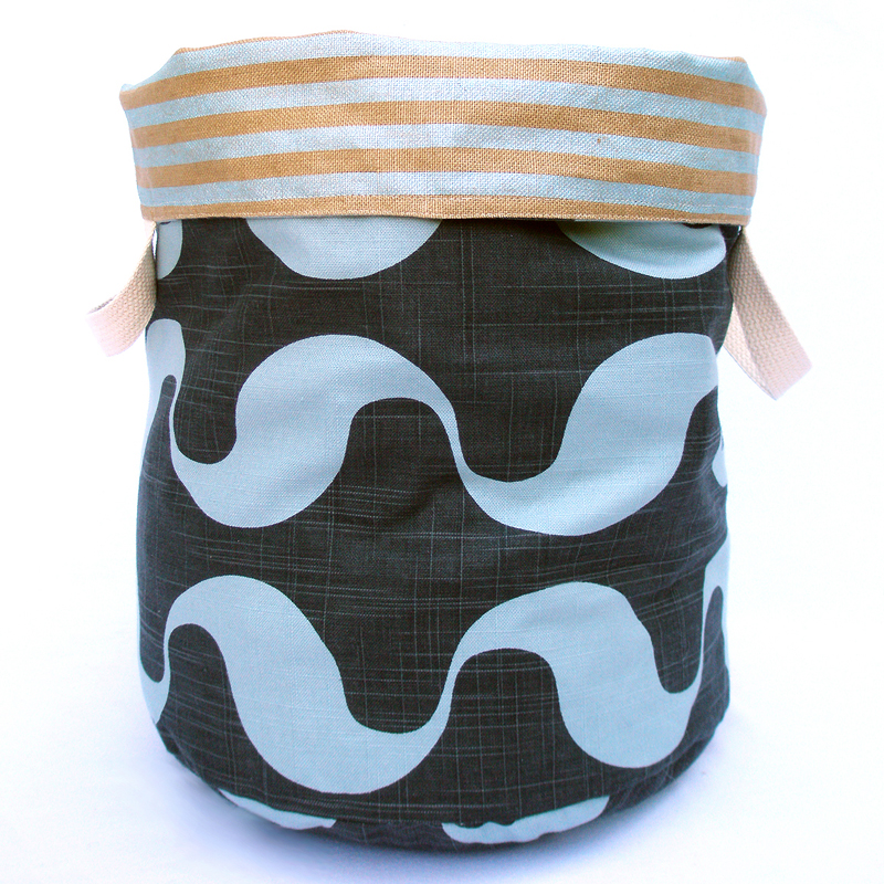 Water Reversible Storage Bin